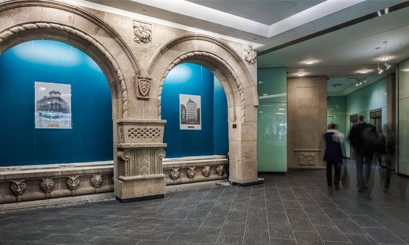 willeston-foyer-gallery